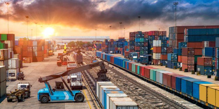 Transport multimodalny - Czym się charakteryzuje i jakie są jego zalety 14