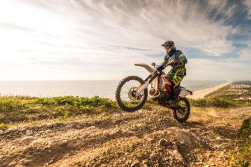Jak zadbać o swoje bezpieczeństwo na motocyklu typu cross? 1